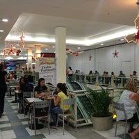 Foto tirada no(a) Nilópolis Square Shopping por Rodrigo R. em 12/20/2012