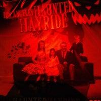 Das Foto wurde bei Los Angeles Haunted Hayride von Kara G. am 10/25/2012 aufgenommen