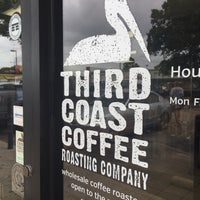 Foto tirada no(a) Third Coast Coffee Roasting Co. por Adam H. em 6/22/2015