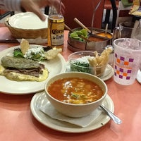 Foto tomada en Los Hornillos por Maggie T. el 4/18/2013