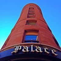 Das Foto wurde bei The Brown Palace Hotel and Spa von Maarten A. am 10/24/2013 aufgenommen