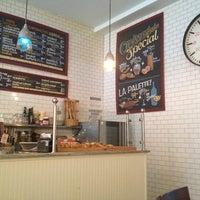 Снимок сделан в Croissanteria пользователем Emily 3/22/2014