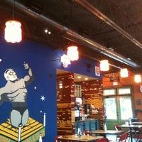 Foto tirada no(a) Tacos A Go-Go por Sandra C. em 2/2/2012