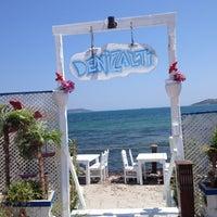 Foto tomada en Denizaltı Cafe & Restaurant por Alev A. el 7/19/2013