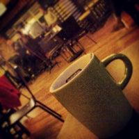 Foto diambil di Chevita Cafe & Bar oleh Efe Ertan T. pada 3/7/2013