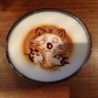 Foto tomada en Coffeemania por Андрей К. el 9/3/2013