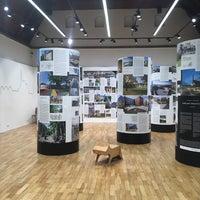 10/31/2017 tarihinde Iva D.ziyaretçi tarafından Galerie Jaroslava Fragnera'de çekilen fotoğraf