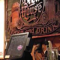 Photo prise au Brew House par Steve R. le11/9/2013