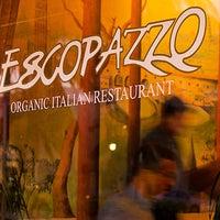 Снимок сделан в Escopazzo пользователем Food Network 4/24/2013