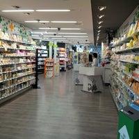 Foto tomada en Farmacia de la Estación de Sants por Maria S. el 3/26/2013