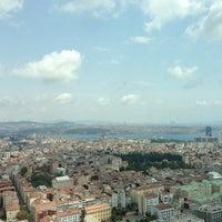 Das Foto wurde bei Hilton Istanbul Bomonti Hotel & Conference Center von Çetin am 7/10/2013 aufgenommen