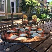 รูปภาพถ่ายที่ 1943 Pizza Bar โดย Netta K. เมื่อ 6/18/2016