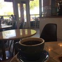 Снимок сделан в Mothership Coffee Roasters пользователем Moudi M. 9/2/2017