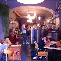 Foto scattata a 2Periodico Cafè da Arzu il 9/23/2012