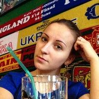 Foto diambil di SMall Pub oleh Olya L. pada 4/7/2013
