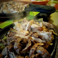 Foto tomada en Cancun's Restaurant por Manny O. el 8/6/2016
