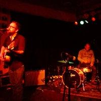 Photo prise au Proud Larry's par Rob C. le10/26/2012