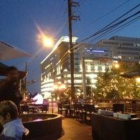 Foto tirada no(a) The West End Gastro Pub por Rob C. em 7/26/2013