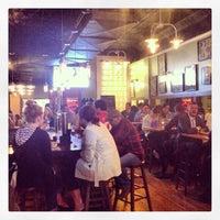 Das Foto wurde bei Stoney's Restaurant von Ariel P. am 5/9/2013 aufgenommen
