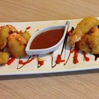 Foto tirada no(a) Kalamatianos Seafood Restaurant por Kalamatianos S. em 5/27/2014