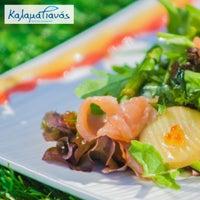 Foto tirada no(a) Kalamatianos Seafood Restaurant por Kalamatianos S. em 8/25/2017