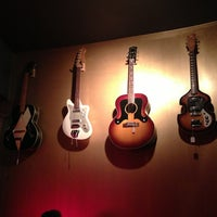 7/24/2013 tarihinde Katie A.ziyaretçi tarafından Bar Chord'de çekilen fotoğraf