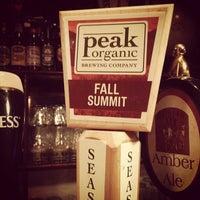 รูปภาพถ่ายที่ Dorian Gray NYC โดย Zach Peak P. เมื่อ 11/7/2012