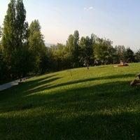 Das Foto wurde bei Seğmenler Parkı von Seyide Sevim D. am 4/27/2013 aufgenommen