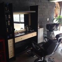 Foto tomada en The Barber's Spa México (Satélite) por Mario G. el 5/13/2014