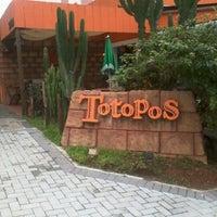 2/16/2011にEdson T.がTotopos Gastronomia Mexicanaで撮った写真