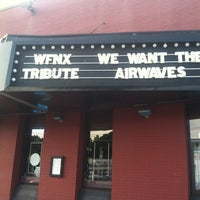 รูปภาพถ่ายที่ Paradise Rock Club โดย Rachel V. เมื่อ 6/30/2012