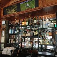 Foto tirada no(a) Downtown Joe's Brewery & Restaurant por Sophie Ruth T. em 8/12/2013