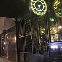 รูปภาพถ่ายที่ LOFT Drinkery & Food Station โดย Luis Daniel . เมื่อ 12/13/2018