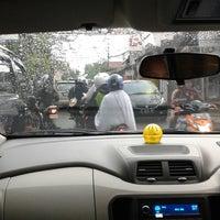 Das Foto wurde bei Jalan padasuka von Baskhara A. am 7/21/2013 aufgenommen