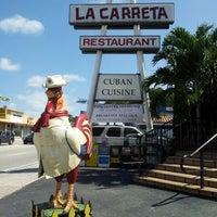 Foto tomada en La Carreta por Carlos Manuel el 10/13/2012