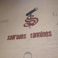 Foto tomada en Sagrades Tannines por Lau M. el 10/18/2014