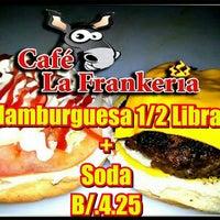 Снимок сделан в Café La Frankería пользователем Joaquin F. 3/1/2014