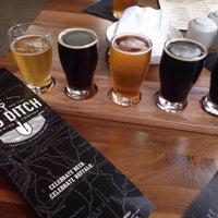 7/31/2015 tarihinde Brock B.ziyaretçi tarafından Big Ditch Brewing Company'de çekilen fotoğraf