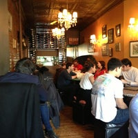 Foto tirada no(a) Cafe Pick Me Up por Constantina D. em 3/3/2013