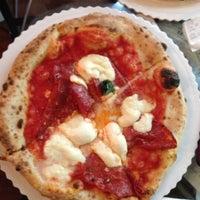 Foto scattata a Gusta Pizza da Diana S. il 5/5/2013