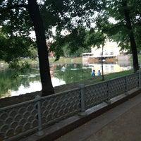Снимок сделан в Патриаршие пруды пользователем Zhenya A. 6/29/2013