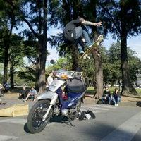 รูปภาพถ่ายที่ El Rosedal โดย Andrés G. เมื่อ 9/29/2012