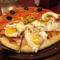 6/13/2013にPablo L.がbarDpizzasで撮った写真