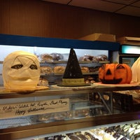 9/13/2014에 Swapnil T.님이 Leske's Bakery에서 찍은 사진