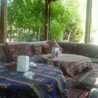Das Foto wurde bei Yavuz'un Yeri von Koray T. am 7/9/2013 aufgenommen