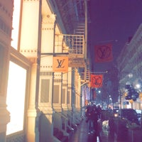 42f49a2dfb8a ... Photo taken at Louis Vuitton by Dr.A ❤. on 12 2  ...
