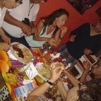 Das Foto wurde bei Bazurto Social Club von La Vane P. am 1/7/2013 aufgenommen