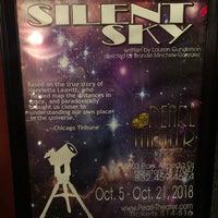 Foto tomada en Pearl Theater por Josie F. el 10/13/2018