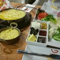 10/11/2015에 Reyhan  B.님이 Gogga Cafe-Restaurant에서 찍은 사진