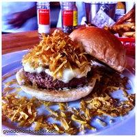 Foto tirada no(a) Meats por Guia do Hambúrguer em 5/5/2013